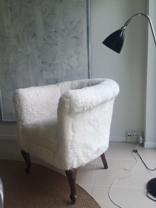 Ompolstring stol hvid